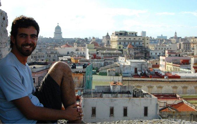 Daniel em Havana, ainda virgem de tatuagens. Foto: Débora Costa e Silva