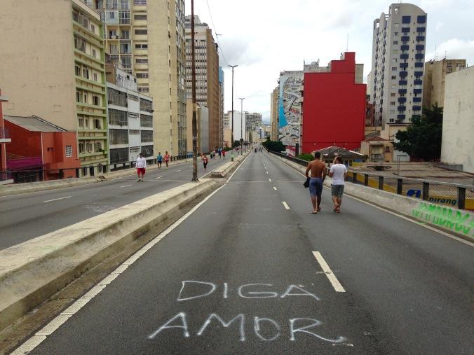 minhocao_amor_debora