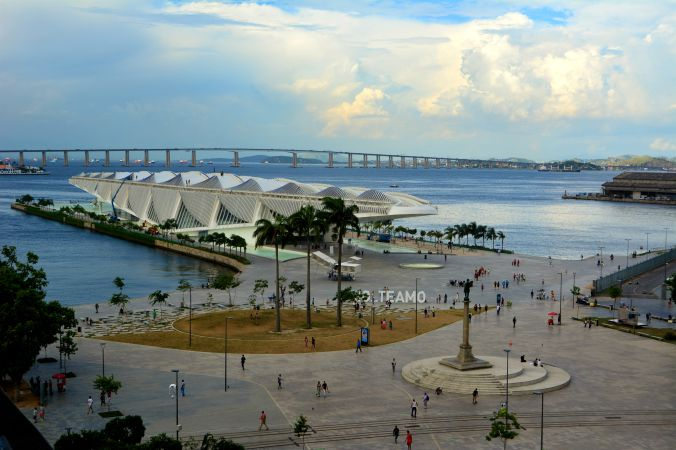 Museu do Amanhã visto do mirante do MAR (Museu de Arte do Rio). Foto: Débora Costa e Silva